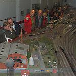 013_Oldies bestaunen die Modelleisenbahn 2